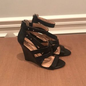 Sole Society Black Strappy Wedge Zip Back Size 8